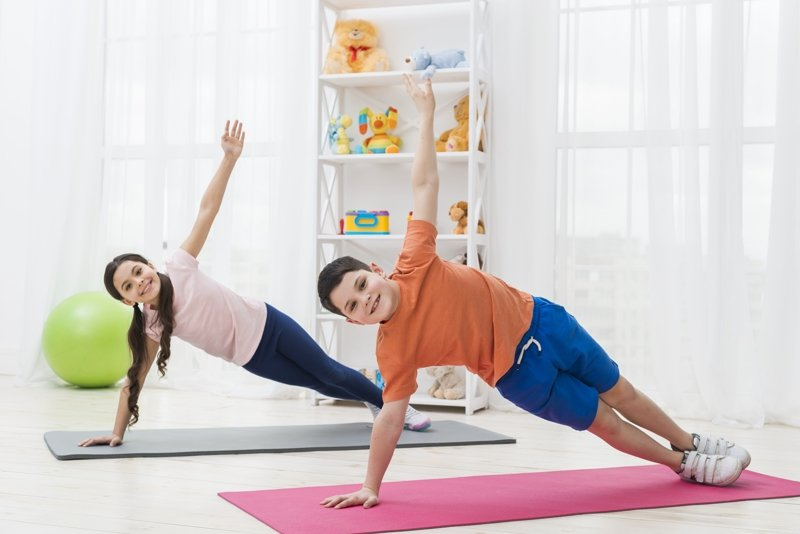 фитнес мальчика и девочки